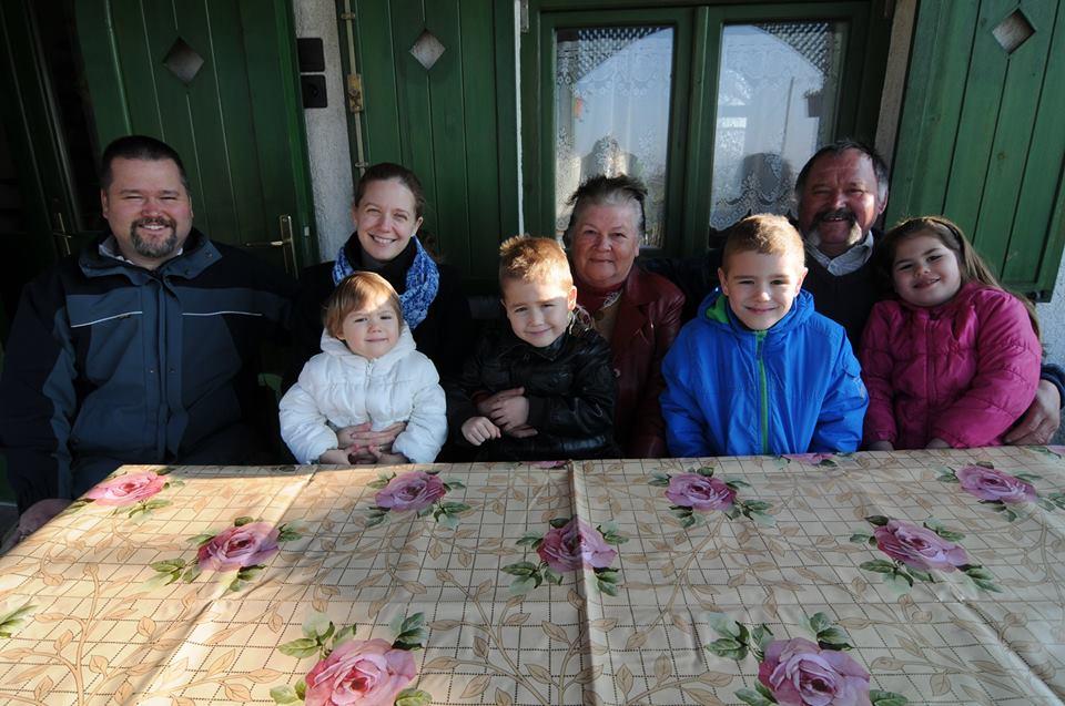 Szőlőtelepítők, Csúzi család