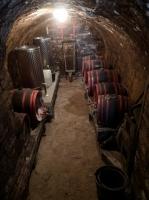Eladó borospince a Burgundi soron