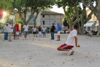 Petanque pálya avatása a KultPincében szakavatott versenyzők segítségével!